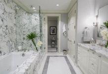 Marble-Wall-Tile-in-Modern-Bathroom